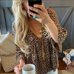 🌟NEW ARRIVAL🌟 Darling Leopard Print Blouse